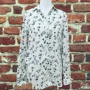BEACHLUNCHLOUNGE WHITE FLORAL LONG SLEEVE BLOUSE